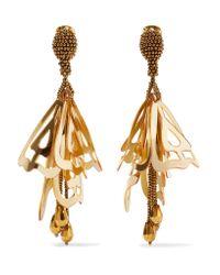 Oscar de la Renta | Metallic Large Impatiens Gold-tone Resin Clip Earrings | Lyst