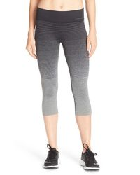 Brooks | Blue 'streaker' Capri Leggings | Lyst