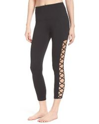 Zella | Black Lace It Up Capris | Lyst