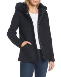 Laundry by Shelli Segal - White Hooded Wool Blend Boucle Jacket With Faux Fur Trim - Lyst