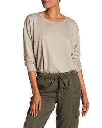 Vince - Natural Relaxed Long Sleeve Tee - Lyst