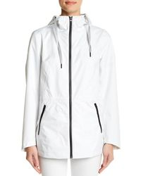Laundry by Shelli Segal - White Hooded Zip Windbreaker - Lyst