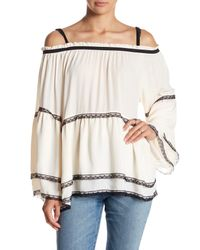Romeo and Juliet Couture | White Cold Shoulder Bell Sleeve Blouse | Lyst