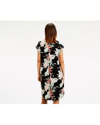 Oasis - Black Botanical Lily Dress - Lyst