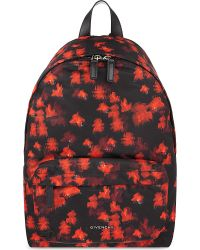 001f6e09d6 Lyst - Givenchy Printed Backpack in Red