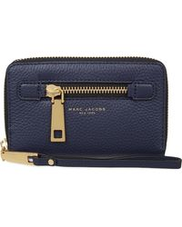 Marc Jacobs - Blue Gotham City Grained Leather Wrist Wallet - Lyst