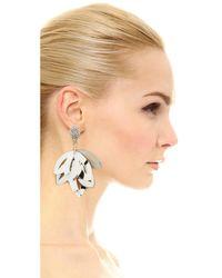 Oscar de la Renta - Metallic Floral Opaque Tulip Clip On Earrings - Lyst