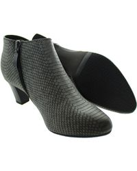 Gerry Weber - Gray Lena Women's Low Ankle Boots In Grey - Lyst
