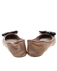 Dior - Natural Beige Patent Cannage Leather Bow Detail Ballet Flats Size 41 - Lyst
