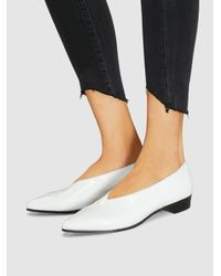 Alumnae - White Patent-leather Point-toe Flats - Lyst