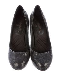 Chanel - Metallic Sequined Round-toe Pumps Black - Lyst