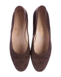 Chanel - Brown Suede Cc Flats - Lyst