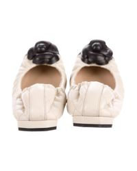Chanel | Black Camellia Leather Flats | Lyst