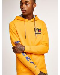 e9d10cf68 Tommy Hilfiger Yellow Retro Logo Hoodie in Yellow for Men - Lyst