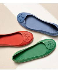 Tory Burch - Red Logo Minnie Travel Ballet Flat, Leather - Lyst