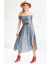 5ea577a13e3a Kimchi Blue Picnic Smocked Off-the-shoulder Midi Dress in Blue - Lyst