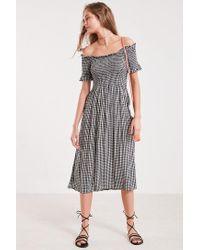4a05fb58cf3c Kimchi Blue Off-the-shoulder Smocked Midi Dress in Black - Lyst