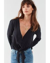 Silence + Noise - Black Tie-front Button-down Top - Lyst