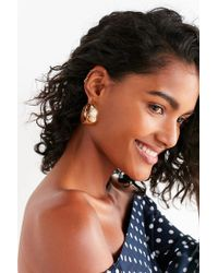 Urban Outfitters - Metallic Dev Tapered Hoop Earring - Lyst