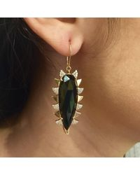 Meghna Jewels - Claw Earring Green Onyx Alt - Lyst