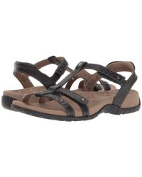 Taos Footwear - Trophy (black) Women's Sandals - Lyst