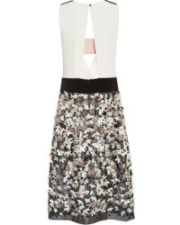 Monique Lhuillier Silk White and Noir Floral Embroidered Deep Vneck Dress - Lyst