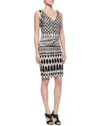 Nicole Miller Artelier Sleeveless Patterned Sheath Dress - Lyst