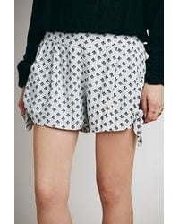 Free People Bella Printed Tie Short - Lyst