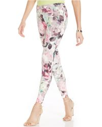 Hue Large Floral Print Super Smooth Denim Leggings - Lyst