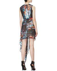 McQ by Alexander McQueen Sleeveless Asymmetric Printed Silk Dress - Lyst