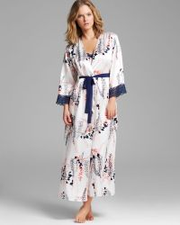 Oscar de la Renta First Bloom Printed Charmeuse Long Robe - Lyst