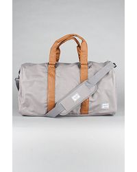 Herschel Supply Co. The Ravine Duffel Bag in Navy & Tan - Lyst