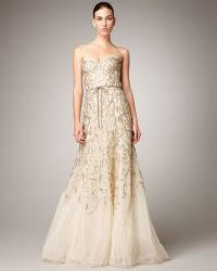 Monique Lhuillier Strapless Tulle Chantilly Lace Gown gold - Lyst