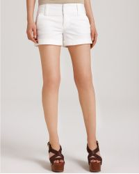 Alice + Olivia Cady Cuffed Shorts - Lyst