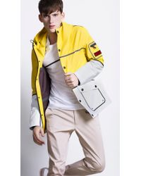 Burberry Sport Wateproof Sport Caban - Yellow