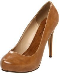 Michael Antonio Womens Loveme Closed toe Pump - Lyst