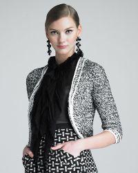 Oscar de la Renta Cropped Tweed Jacket - Lyst