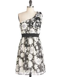 ModCloth Come To Life Dress in Black - Lyst