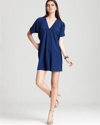 Vince V Neck Dress Short Sleeve - Lyst