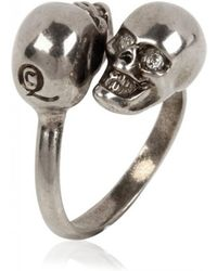 Alexander McQueen Twin Skull Brass Ring - Lyst