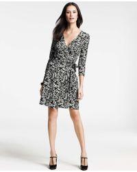 Ann Taylor Tall Abstract City Print 3/4 Sleeve Jersey Wrap Dress - Lyst