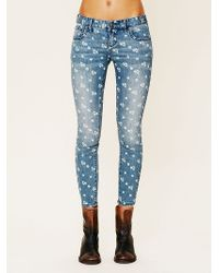 Free People Ditsy Floral Ankle Crop - Lyst