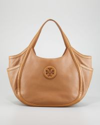 Tory Burch Hannah Pocket Hobo Bag Sand - Lyst