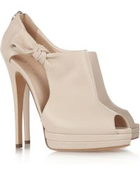 Casadei Bowside Leather Pumps - Lyst