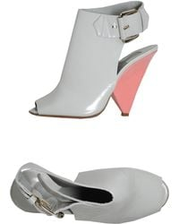 Chloé Highheeled Sandals gray - Lyst