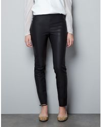 Zara Rubberised Leather Effect Leggings - Lyst