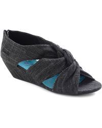 ModCloth Early Arrival Wedge in Black - Lyst