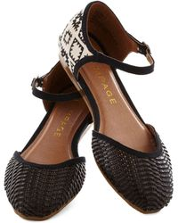 ModCloth Big Sur Stop Flat in Black - Lyst
