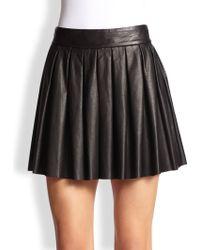Alice + Olivia Pleated Leather Skirt black - Lyst