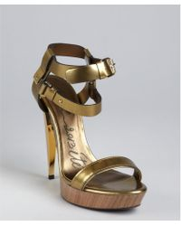 Lanvin Gold Leather Double Strapped Lacquered Heel Sandals - Lyst